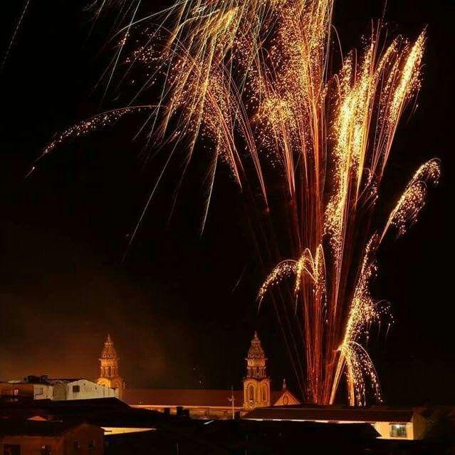 Ferias y Fiestas alborada y quema de pólvora espectaculares juegos pirotécnicos
