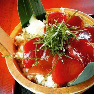 手こね寿司お刺身とごはんとタレのコラボ是非ご賞味あれ
