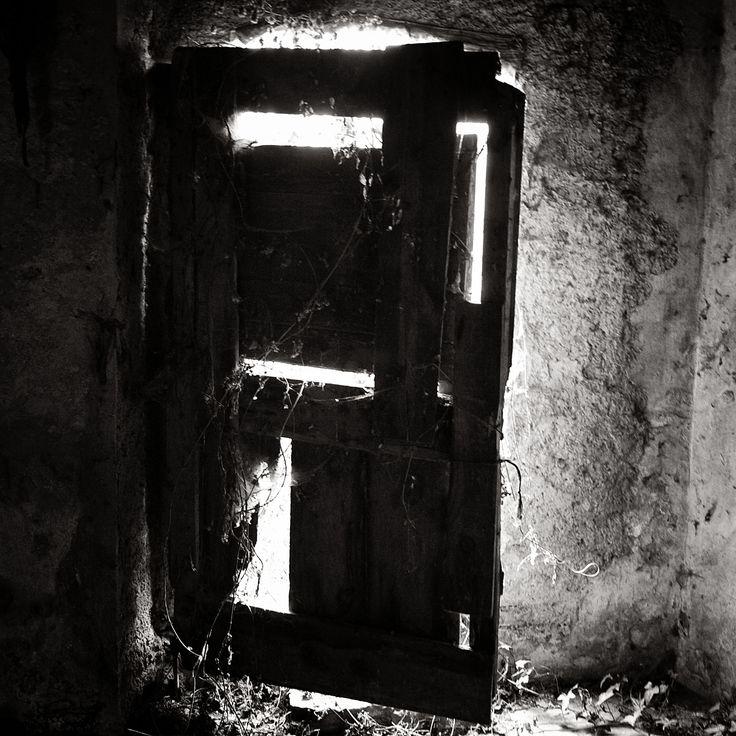 Catalonia BW door