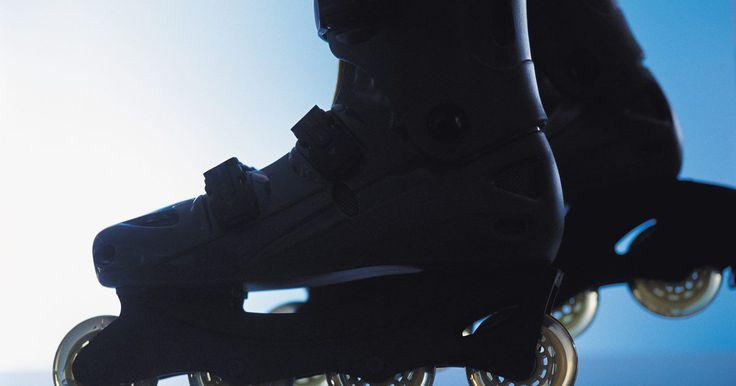 Como retirar a arruela de pressão do skate. Rolamentos permitem o movimento contínuo de rodas, eixos e buchas protegendo as peças de metal do atrito e desgaste. Normalmente, os rolamentos são um grupo de bolas de metal envolto em um, conjunto estacionário cheio de graxa entre duas ou mais partes móveis. Quando os rolamentos são usados em aplicações expostas ao ambiente, tais como skates, ...