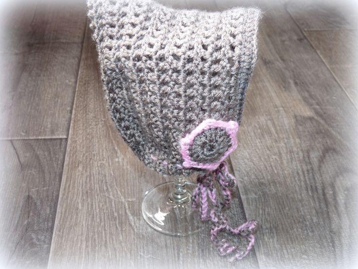 joli petit bguin taille naissance couleur taupe et rose bonbon point fantaisie crochet mode bb