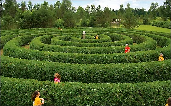 Spiral Maze, Saunders Farm, Ottawa, Canada - Built for Kids - No Way to Get Lost!