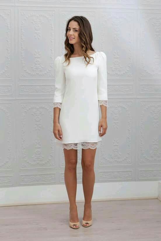 Vestido chic. Corto y blanco. Perfecto para boda civil, bautizos.