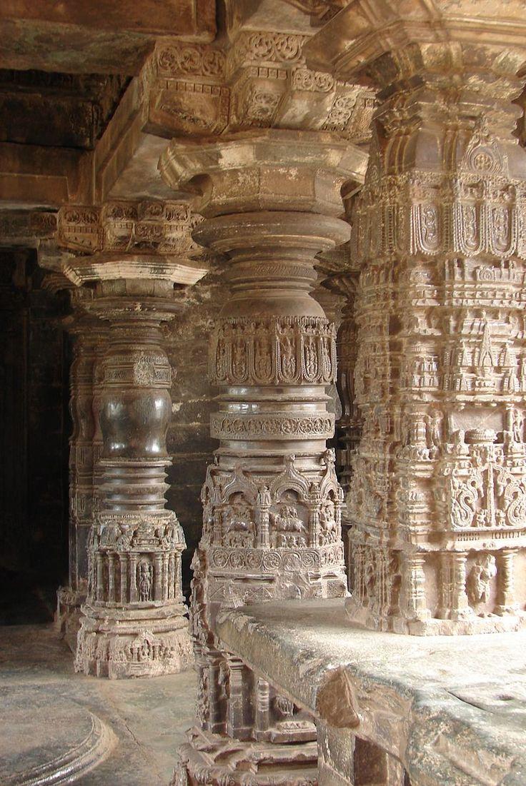 Pillars at Sarasvati Temple in Gadag - Hindu temple architecture