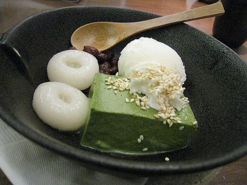 Kyoto Uji Matcha green tea mousse and Hokkaido milk ice cream with sweet Tokachi red bean paste on Flickr - Photo Sharing!