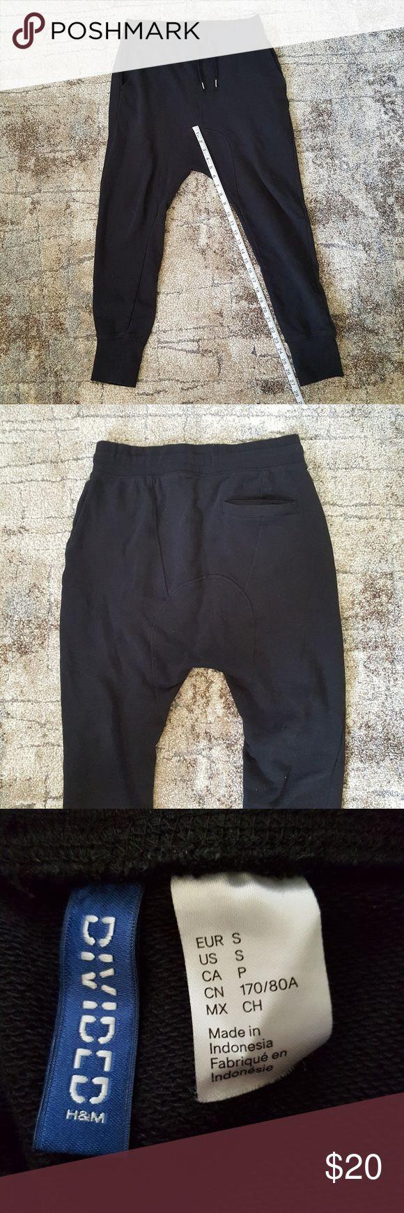 Divided Drop Crotch Jogger Nice thin material. Has a rear pocket. Divided Pants Sweatpants & Joggers