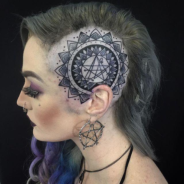 Neck Girl S Tara Mantra Tattoos: 25+ Best Ideas About Scalp Tattoo On Pinterest
