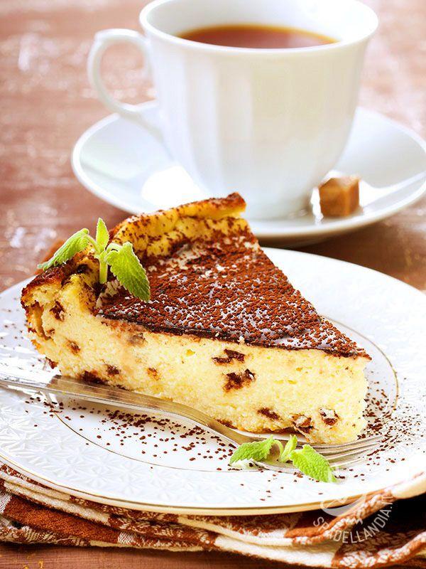 Cheesecake Chocolate - La Torta di ricotta al cioccolato è un bontà gustosissima tutta a base di ingredienti soffici e golosi. Per leccarsi le dita a ogni cucchiaiata! #tortadiricotta #tortalcioccolato