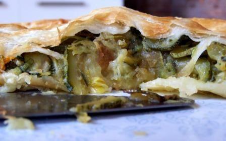 Sfoglia ripiena di patate e zucchine - Potato and zucchini pie - @foodbookscrafts