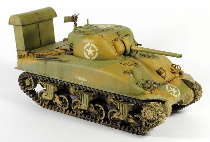 Bardzo fajny Sherman, 2 Dywizji Pancernej USA - ladowanie na sysylii - Lipiec 1943. Czołg z pierwsza wersja kominow do desantowania.