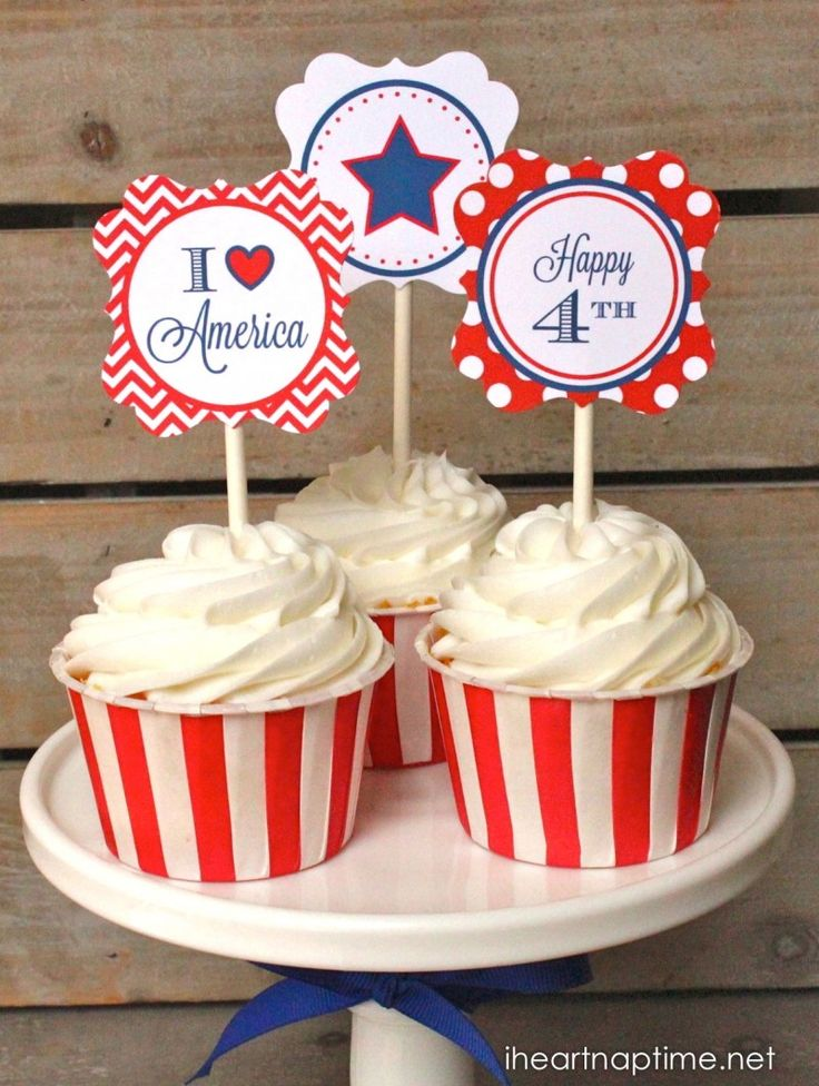 Patriotic Party Cupcake Toppers + 12 FREE 4th of July printables