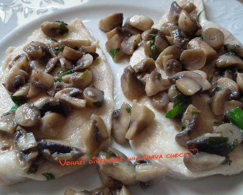 Scaloppine di petto di pollo ai funghi