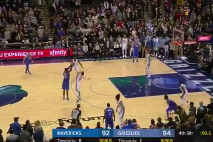 Harrison Barnes banks deep 3-point buzzer-beater for win over Grizzlies