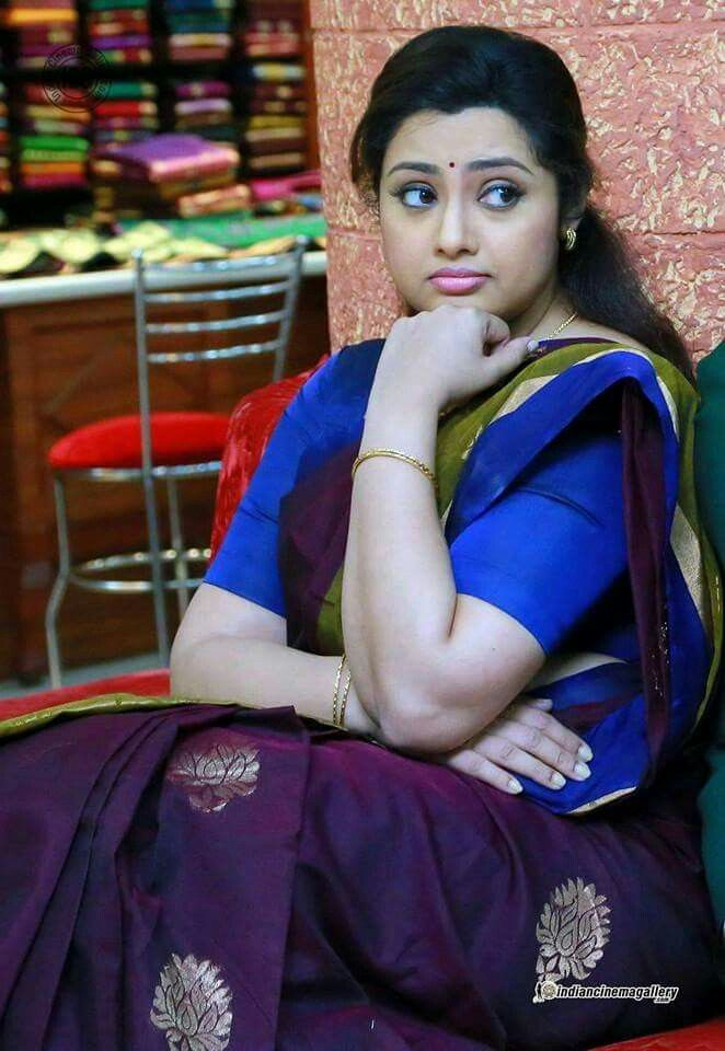 1000+ Ideas About Aunty Photos Without Saree On Pinterest