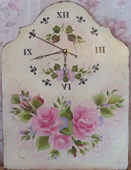 """Часы настенные в стиле """"Шебби шик"""" """" Нежность """" - часы интерьерные,часы настенные"""