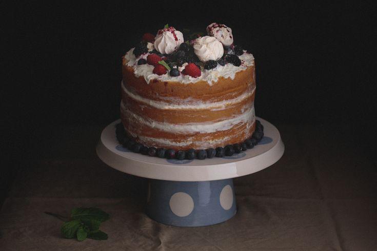Naked Cake de frutos vermelhos