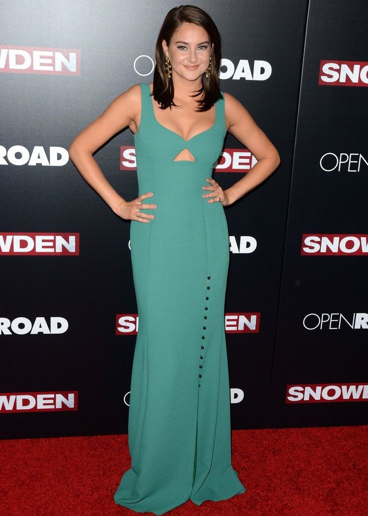 Shailene Woodley In Prabal Gurung At The Snowden New York Premiere