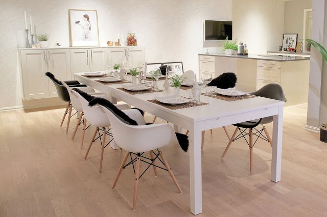 Dining area. Tablesetting