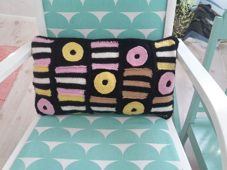 Diy...enkkulaku tyynyenglish liquorice pillow
