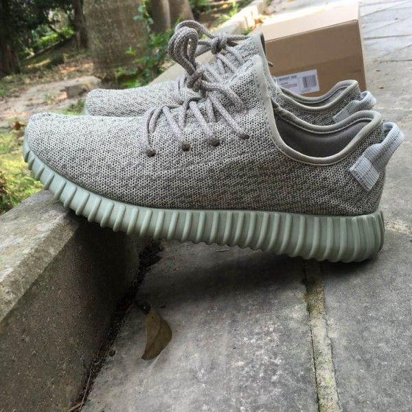 adidas nmd r2 mens footlocker adidas yeezy boost 350 moon rock aq2660