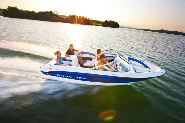 Bayliner 185 Bowrider—A boat that's bent on pleasing everyone. #bowrider #water