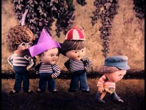 Zahrada (1974)04 O myších ve staniolu - YouTube