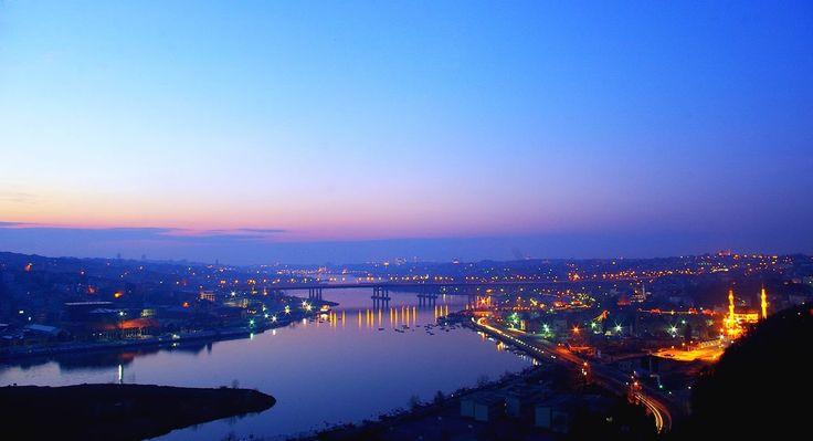 #amazingcity #istanbul #travelisadventure #MondayMotivation #eresinhotels #eresinhotelstaxim