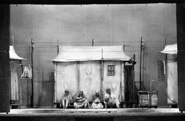 L' anima buona di Sezuan - 1957-58 Archivio multimediale del Piccolo Teatro di Milano - fotografie bozzetti manifesti