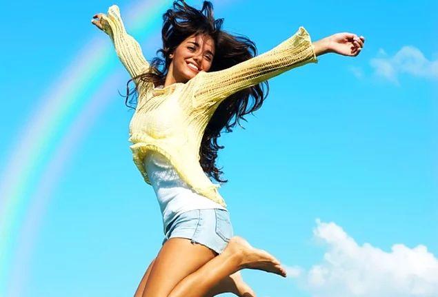 Радость — это когда душа перестает просить то, чего у нее нет, и начинает радоваться тому, что есть.