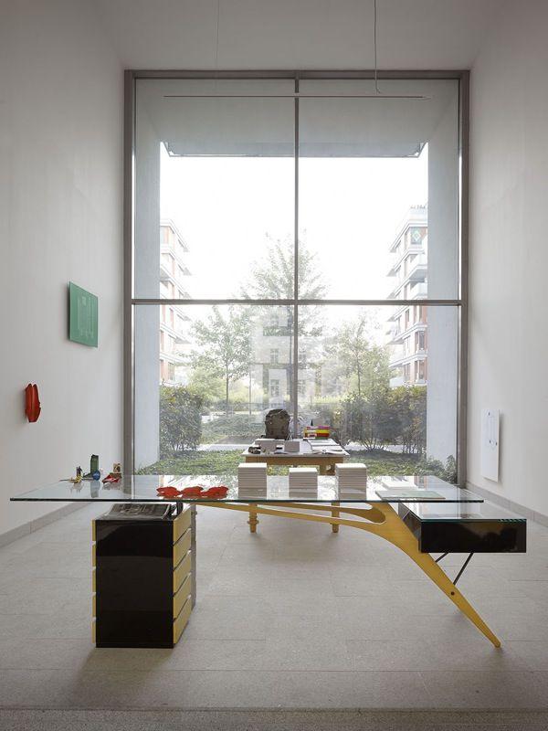 OKOLO Mollino Installation at 3DH Showroom, Prague