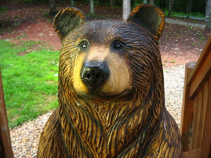 Quot poppyseed brown bear chainsaw wood sculpture « sleepy