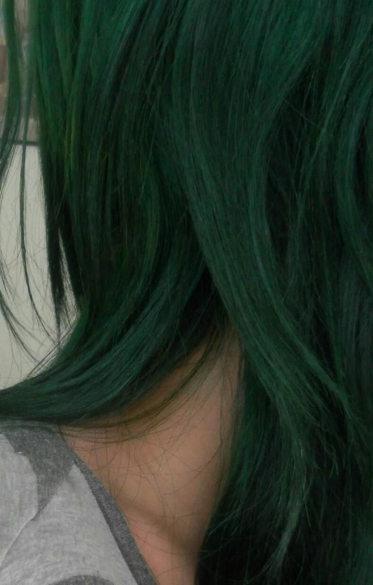 What hair dyes do I need to mix to get this amazing moss/emerald green?