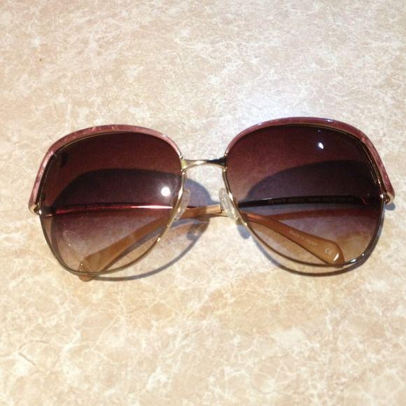 PESSOAS OLIVER: Óculos de sol fofos Sacha! 👓 💗100% OP autênticos em perfei …   – My Posh Picks