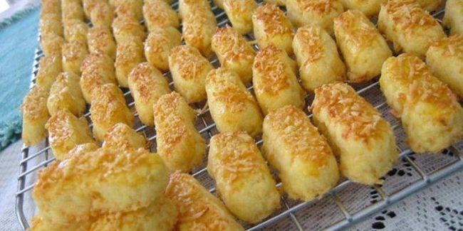 Resep kue kering lebaran yang bisa Anda ikuti untuk membuat kastengel istimewa.
