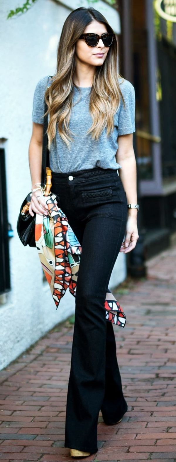 Simple-and-Sexy-Work-Outfits-For-Young-Women