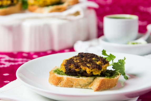 Cauliflower Patties (Tikki) with Cilantro Pea Chutney by indiaphile #Cauliflower