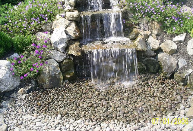 43 best images about garden fountan on pinterest gardens for Build a simple backyard waterfall