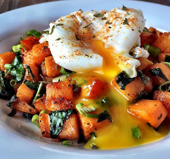 One large sweet potato, peeled and cubed 2 handfuls fresh spinach, roughly chopped 1 tbsp. Ghee or butter 2 tsp. Chipotle seasoning blend or your fav. seasoning 1/4 tsp. salt 1 egg, poached 1 scallion, finely sliced for garnish Melt ghee in a large cast iron skillet over medium high…