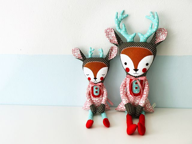 Two wonderful deer-dolls which won the #DaWanda / #Graziela contest. Wondercute. Congrats to Suse from #Revoluzzza! :)
