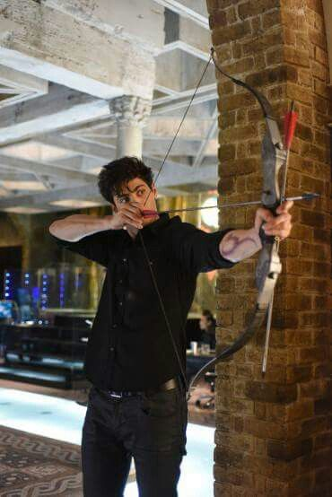 Alec Lightwood, serie TV, TMI.