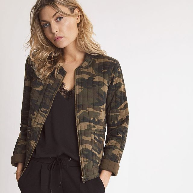 The perfect Spring item - Sila camouflage jacket 👌🏼⠀ #ichi_fashion #thefineartofbeingyou #ootd #fashion #SS17 #newin #camouflage