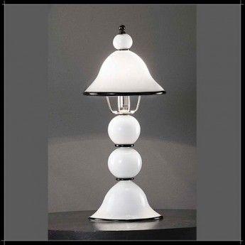 Klasyczna lampa biurkowa z serii Canaletto - producent Voltolina. #Voltolina #Canaletto #klasyczne_lampy #lampa_biurkowa #modne_lampy #oświetlenie #wnętrze #interior #design #lampy_kraków #sklep_abanet #abanet_lampy