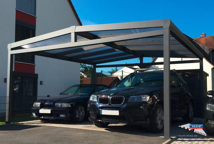 Alu-Carport der Marke REXOport 5,12m x 5,06 m in Anthrazit. Unter diesem Aluminium-Doppelcarport lassen sich zwei Fahrzeuge bequem unterstellen.  Das Dach ist mit Makrolon-Platten eingedeckt. Diese Stegplatten sind hoch transparent, äußerst robust und schützen die Fahrzeuge sehr gut, etwa bei Hagel. So entsteht eine günstige Garagen-Alternative, die die Sicht nicht versperrt & zügig aufgebaut werden kann.  Ort: Rückersdorf  #Carport #Alucarport #REXOport #Rexin #Makrolon #Stegplatten