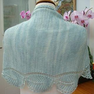 Garden View Shawlette pattern by Tracey Withanee