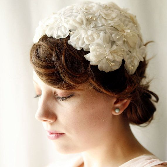 Headpieces For Wedding Guests: 1000+ Ideas About Bridal Hat On Pinterest