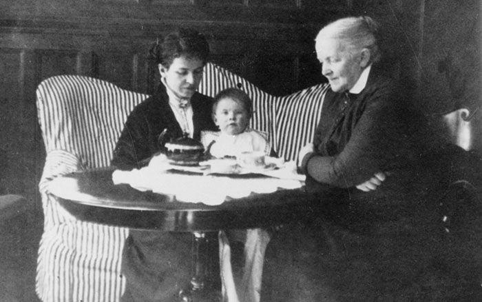 Tove Jansson with her mother and grandmother