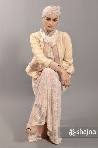 shajna | SK331B - BABY-PINK JERSEY-LACE DRESS | #hijab #hijabi #hijabstyle #modesty #muslimah #turban