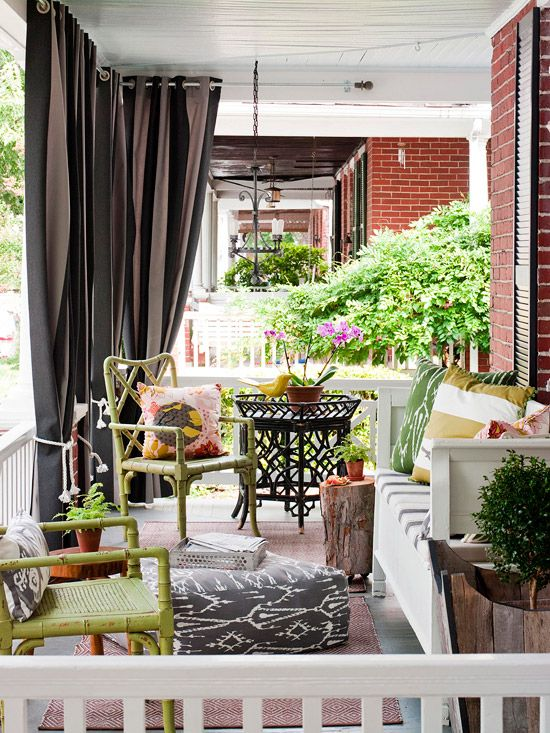 curtains on the porch!!  kinda love this!: Porch Makeover, Outdoor Living, Patio Curtain, Porch Curtain, Outdoor Spaces, Garden, Porch Ideas, Front Porches