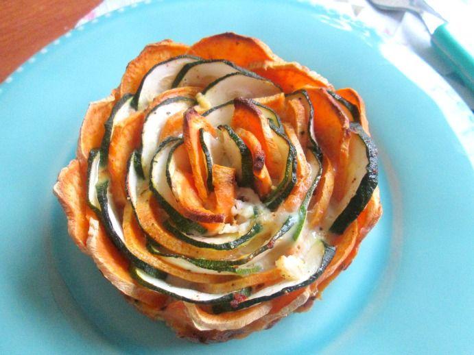 Zoete aardappel courgette taart