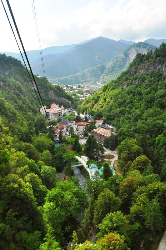 #Borjomi,  #Georgia Borjomi's mineral water park  Studnia Miodu | Park Wód Mineralnych w Bordżomi (Gruzja)